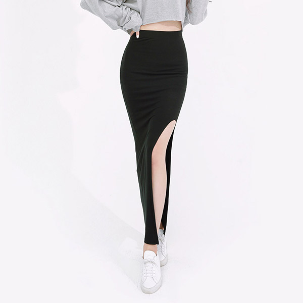 average 170. side slit long skirt