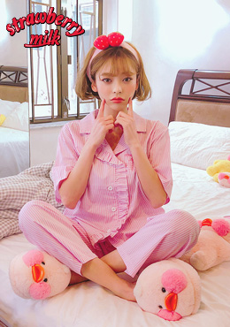 strawberry milk.sweet dream journey pajama set